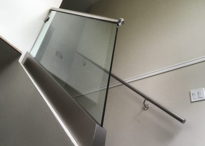 glass-railings-cedric-marina-4